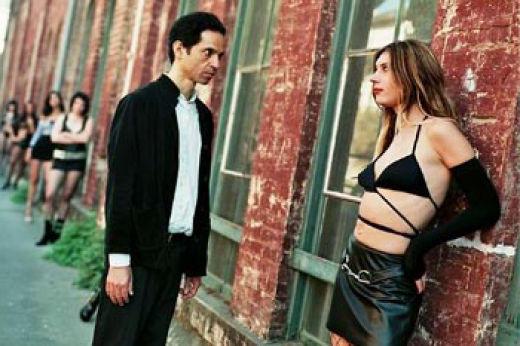 Мужчина в депрессии и проститутка.